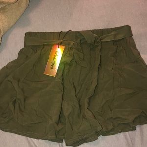Floaty army green pants